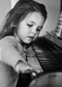 piano lessons and music classes for children